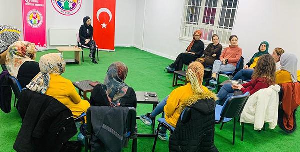 Aile Danışmanı-Eğitimi Esra Özdemir; ÇOCUK EĞİTİMİNDE NELERE DİKKAT EDİLMELİ?