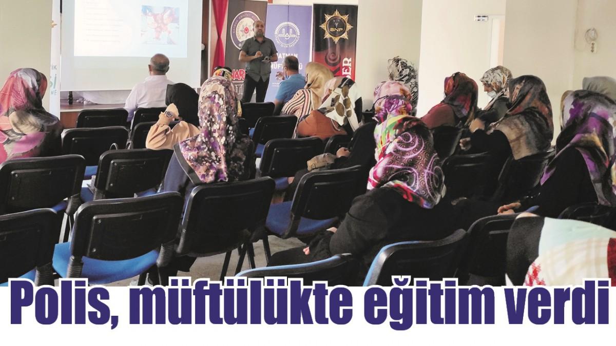 POLİS, MÜFTÜLÜKTE EĞİTİM VERDİ