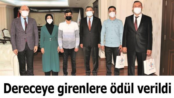 DERECEYE GİRENLER ÖDÜLLENDİRİLDİ